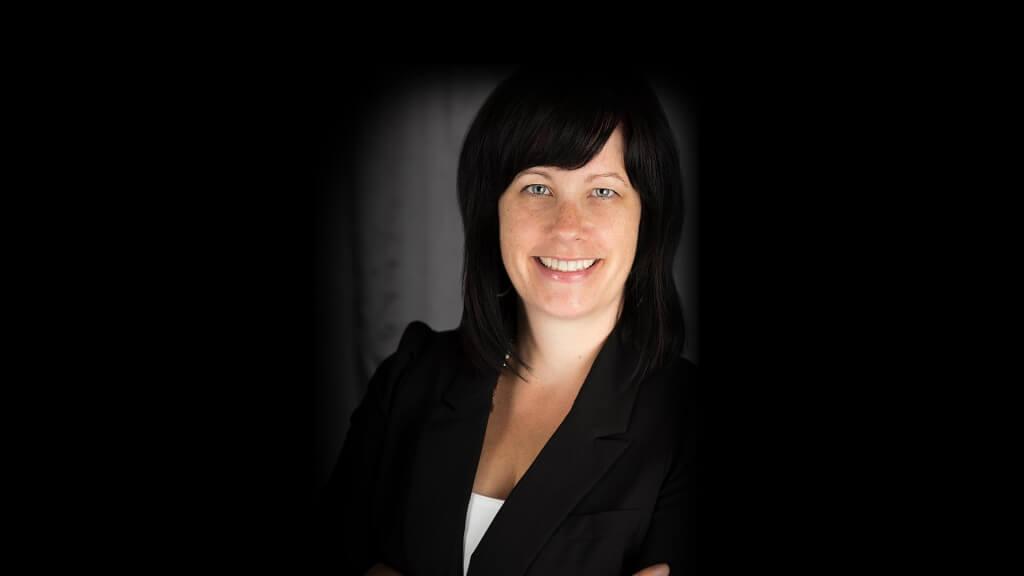 Conférencière Julie Blais, Directrice générale au Réseau BIBLIO Gaspésie – Îles-de-la-Madeleine