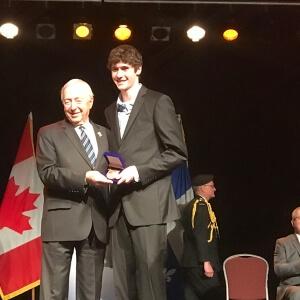 Piero Barrette, étudiant en Technologie de l'électronique industrielle, a reçu la Médaille du Lieutenant-gouverneur pour la jeunesse, dans le cadre de la Cérémonie de remise des Médailles du Lieutenant-gouverneur du Québec. Son prix lui a été décerné par l'honorable J. Michel Doyon, lieutenant-gouverneur du Québec.<br />