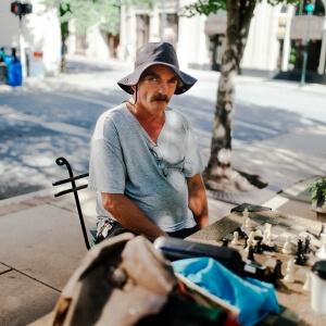 William Gagné représente le Cégep de Matane pour l'obtention du prix Mark-Grosset dans le cadre de la 13e édition du festival Promenades Photographiques qui se déroulera du 24 juin au 3 septembre 2017, à Vendôme, en région Centre-Val de Loire, en France.<br />Crédit Photo: William Gagné