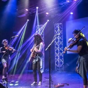 Myriam Saucier, Rébecca Roussel et Joëlle Roussel du Cégep de Sept-Îles.<br />Crédit Photo: Benjamin Marilley, étudiant en Photographie
