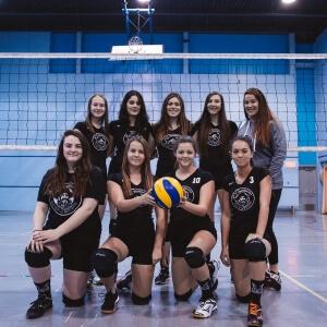 Équipe de volleyball féminin - Les Capitaines du Cégep de Matane<br />Crédit Photo: Quentin Orain