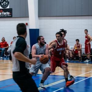 Basketball masculin - Les Capitaines du Cégep de Matane VS les Diablos du Cégep de Trois-Rivières - 25 novembre <br />Crédit Photo: Quentin Orain