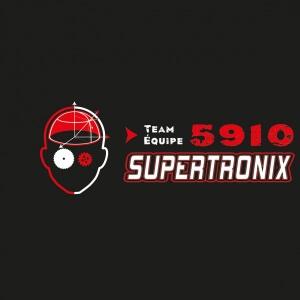 Équipe de robotique Supertronix 5910 de la Polyvalente de Matane et du Cégep de Matane.<br />