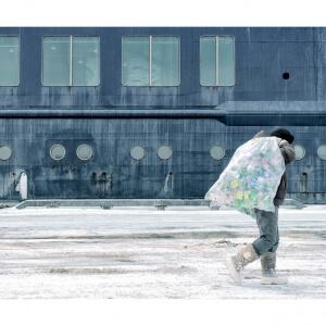Série de photographies intitulée « The Burden » (Le fardeau) par Samuel Bolduc, étudiant en Photographie au Cégep de Matane, présentée au Sony World Photography Awards.<br />Crédit Photo: Samuel Bolduc