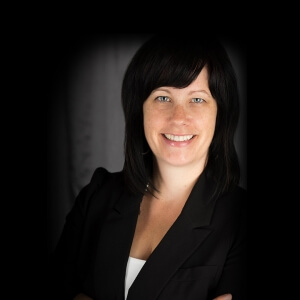 Conférencière Julie Blais, Directrice générale au Réseau BIBLIO Gaspésie – Îles-de-la-Madeleine<br />