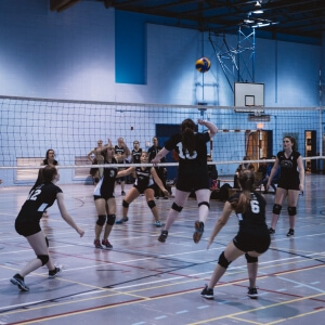 Volleyball féminin - Les Capitaines du Cégep de Matane en action à la Polyvalente de Matane - 25 novembre <br />Crédit Photo: Quentin Orain