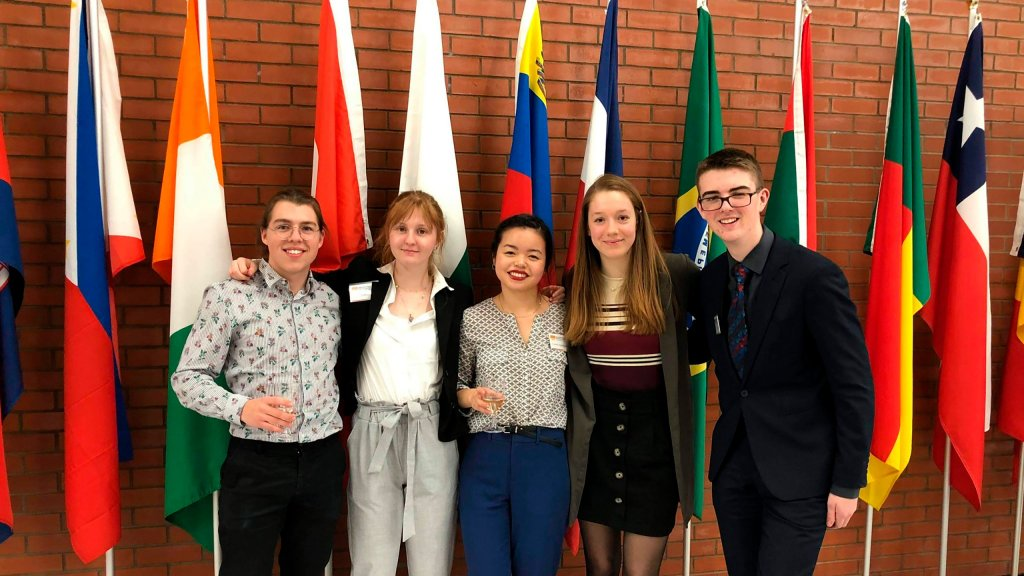 Quatres étudiants en sciences humaines à la simulation de l'ONU